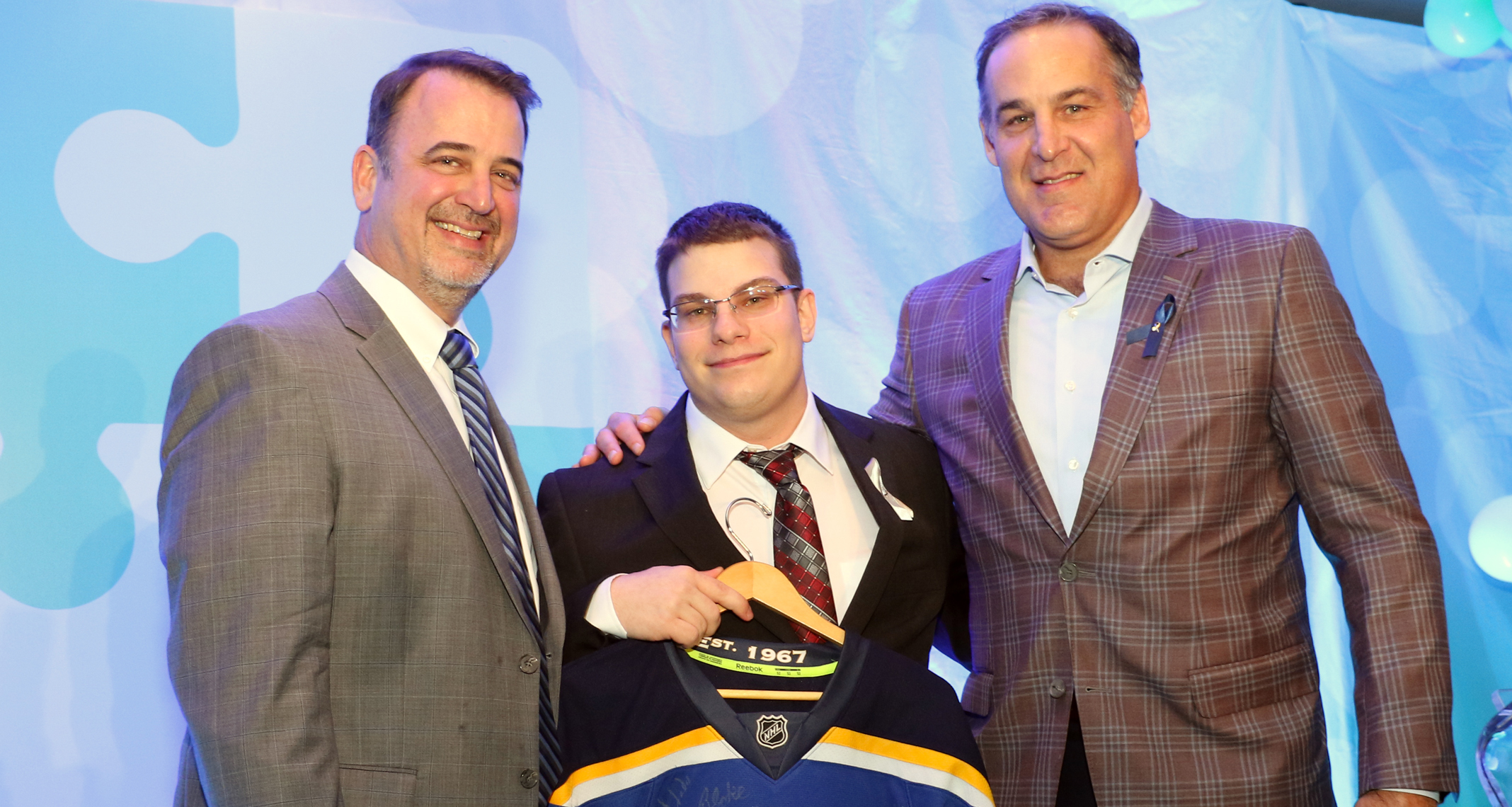 Picture of Stephen Kanne and Scott Mellanby at the Heroes Among Us gala