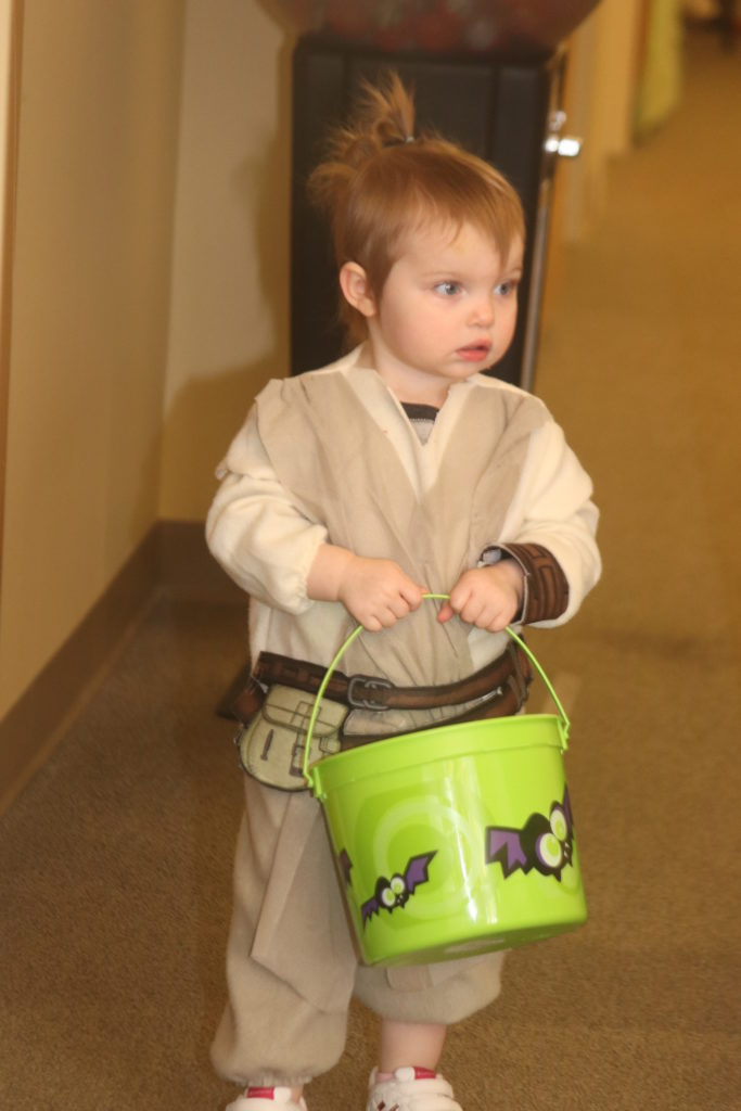 baby in star wars costume